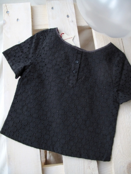 Bengh per Principesse  - Stickerei-Top in washed black